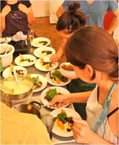 Topfen-Curry-Creme